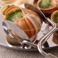 Посуда для улиток - блюда, щипцы и вилки